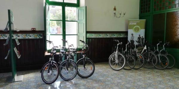 Lloguer de bicicletes al Local de la Carretera del Vi